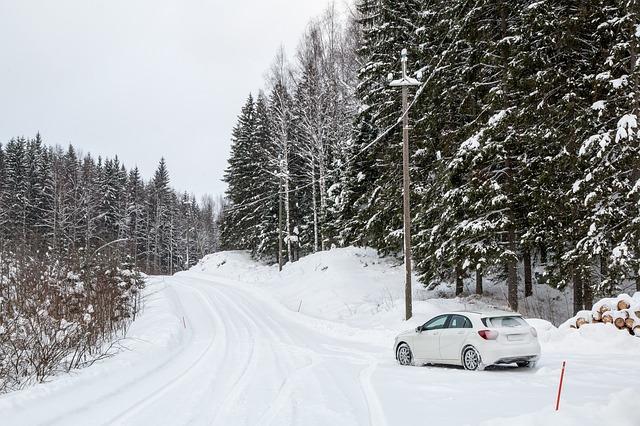 メルセデス・ベンツA180-雪道