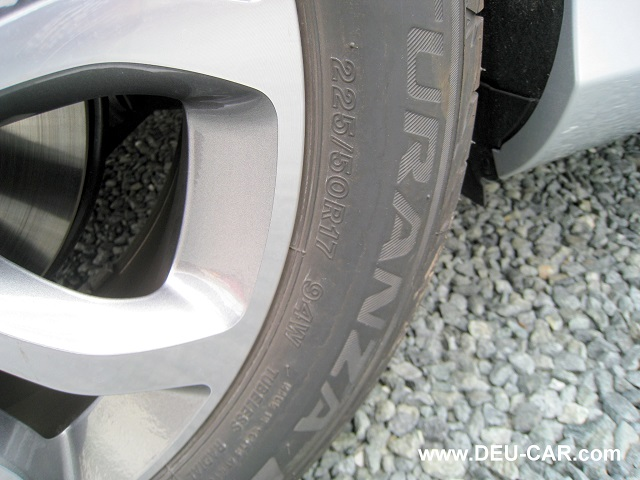 メルセデス・ベンツC200-W205ランフラットタイヤ
