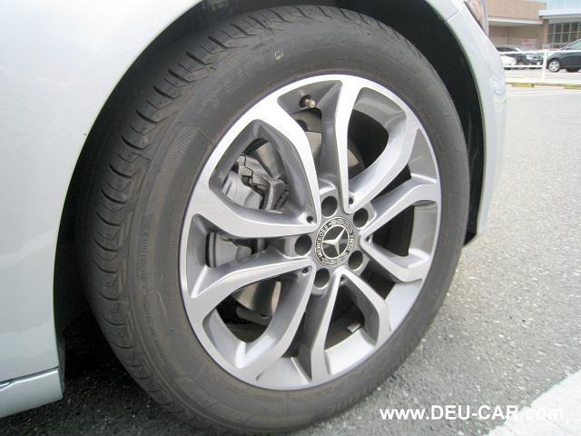 メルセデス・ベンツC200-W205純正ホイール、タイヤ