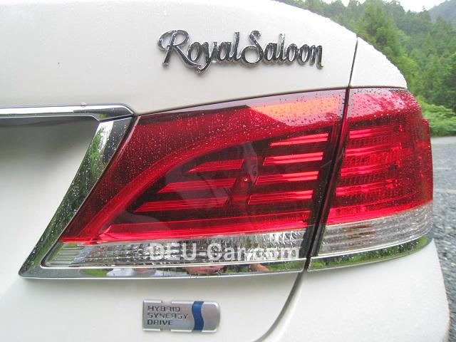 TOYOTAクラウン・ロイヤルサルーン・ハイブリッド2.5L(210系)