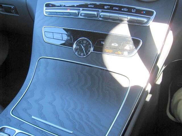 メルセデス・ベンツCクラスC220d/W205,ダッシュボード